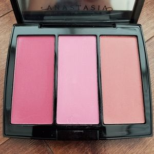Anastasia Beverly Hills Blush Trio in Pink Passion